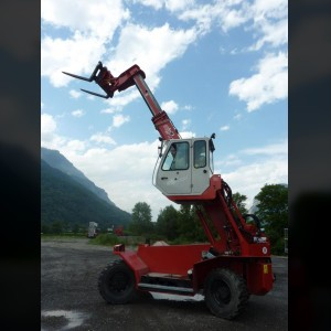 Telescopic forklift 4.5T